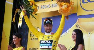 667575290f27b Na lídra Tour de France pokrikovali kanárik. Aká je história žltého dresu,  ktorý si už obliekol aj Sagan?