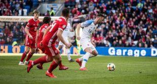 f53744eef652c Mužstvo trénera Pavla Hapala sa po inkasovanom góle dlhé minúty nevedelo  dostať do zápasu, no po zmene strán bolo lepšie ako bronzový tím z ME 2016  vo ...